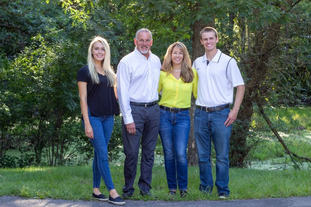Roz-Peterson-for-MN-House-56B-with-Family